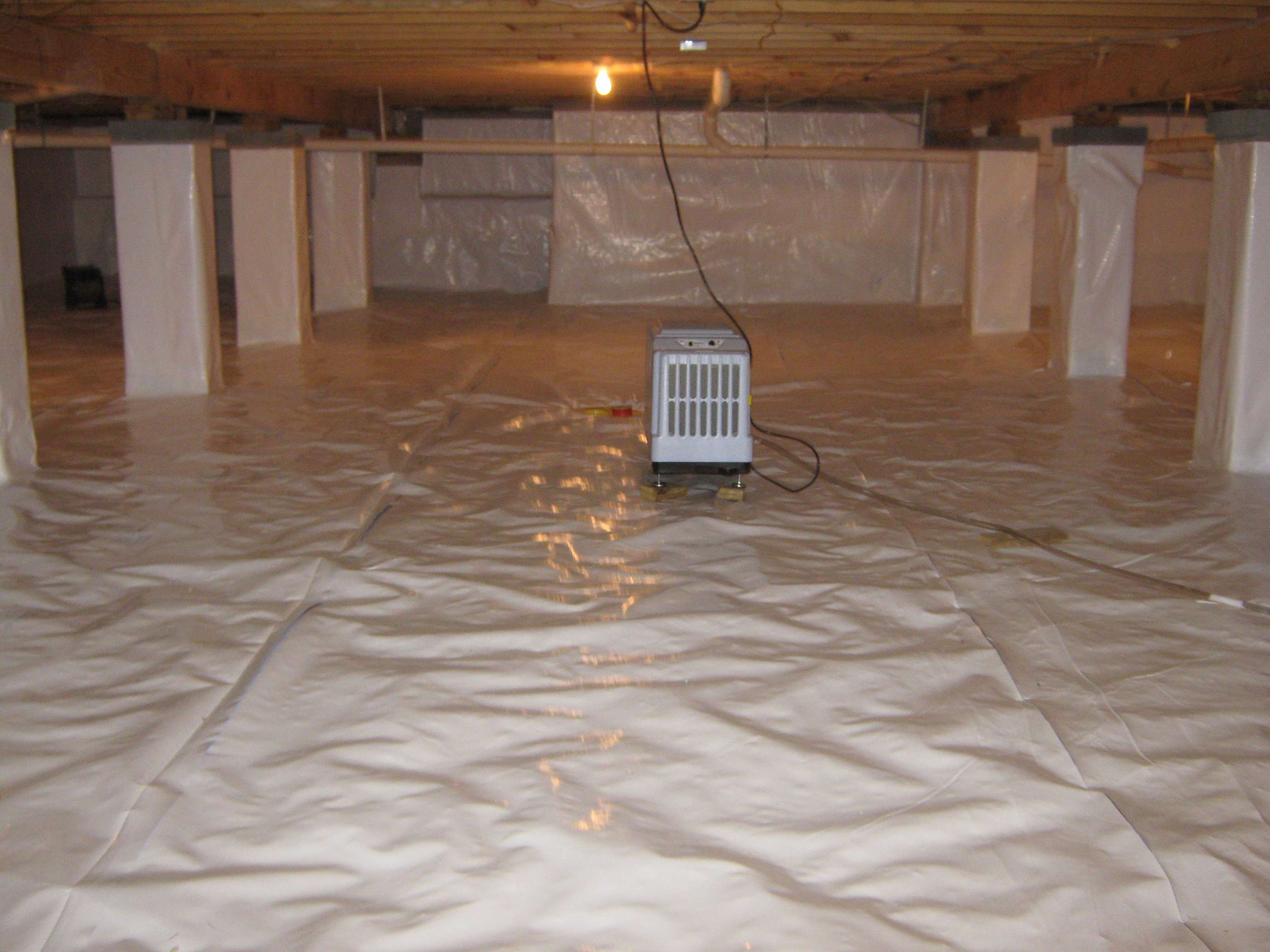 Gary E Spotts Insulation Inc Crawl 2